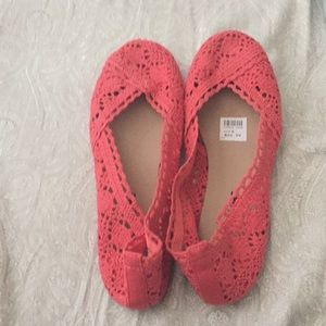 Coral Lace Flats